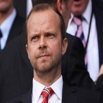 Biến căng Ed Woodward muốn thâu tóm Man Utd