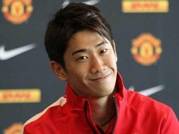 Shinji Kagawa - cầu thủ Nhật Bản đầu tiên giành vô địch Ngoại hạng Anh