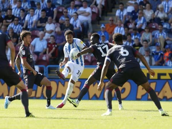 Nhận định Reading vs Huddersfield Town (00h00 ngày 8/7)