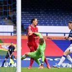 Bóng đá Anh chiều 1/12: Đầu gối của Van Dijk không còn như bình thường